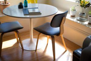 שולחן נקי ומסודר