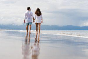 הליכה בחוף